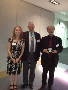 Photograph of Prof. Fiona Meldrum (Chair of FD159 Scientific Committee), Prof. Graham Hutchings (President of the Faraday Society) and Prof. Daan Frenkel (Spiers Memorial Lecture prize winner).