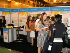 Food & Function Stand at IFT