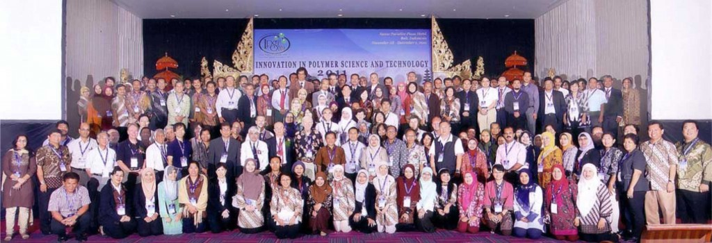 Photograph of the attendees at The Innovation in Polymer Science and Technology 2011